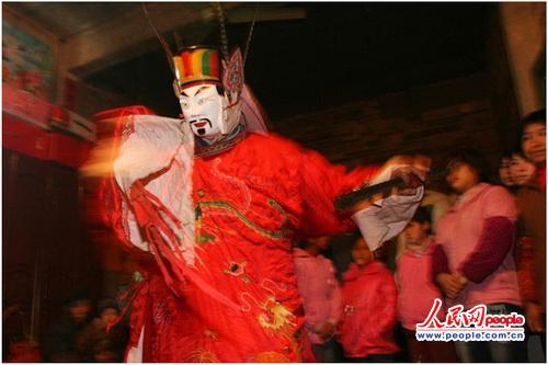 """神秘的傩戏被誉为毛南族的""""族宝"""""""