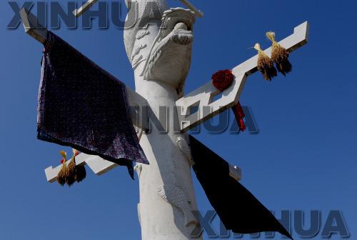 苗族祭祀新芦笙柱